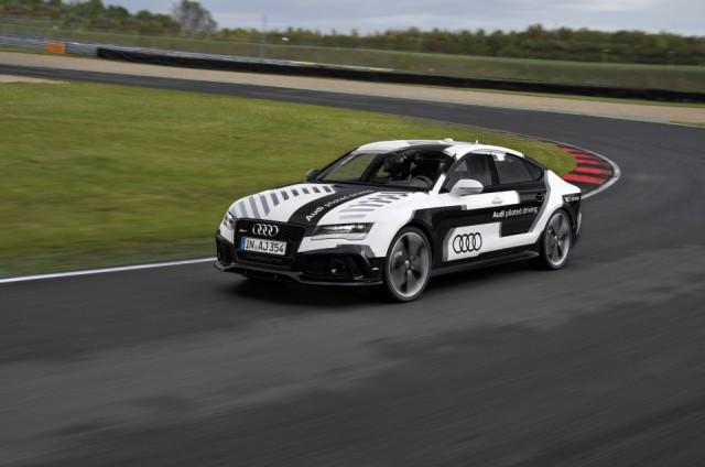 Audi RS7 conducción sin piloto 4