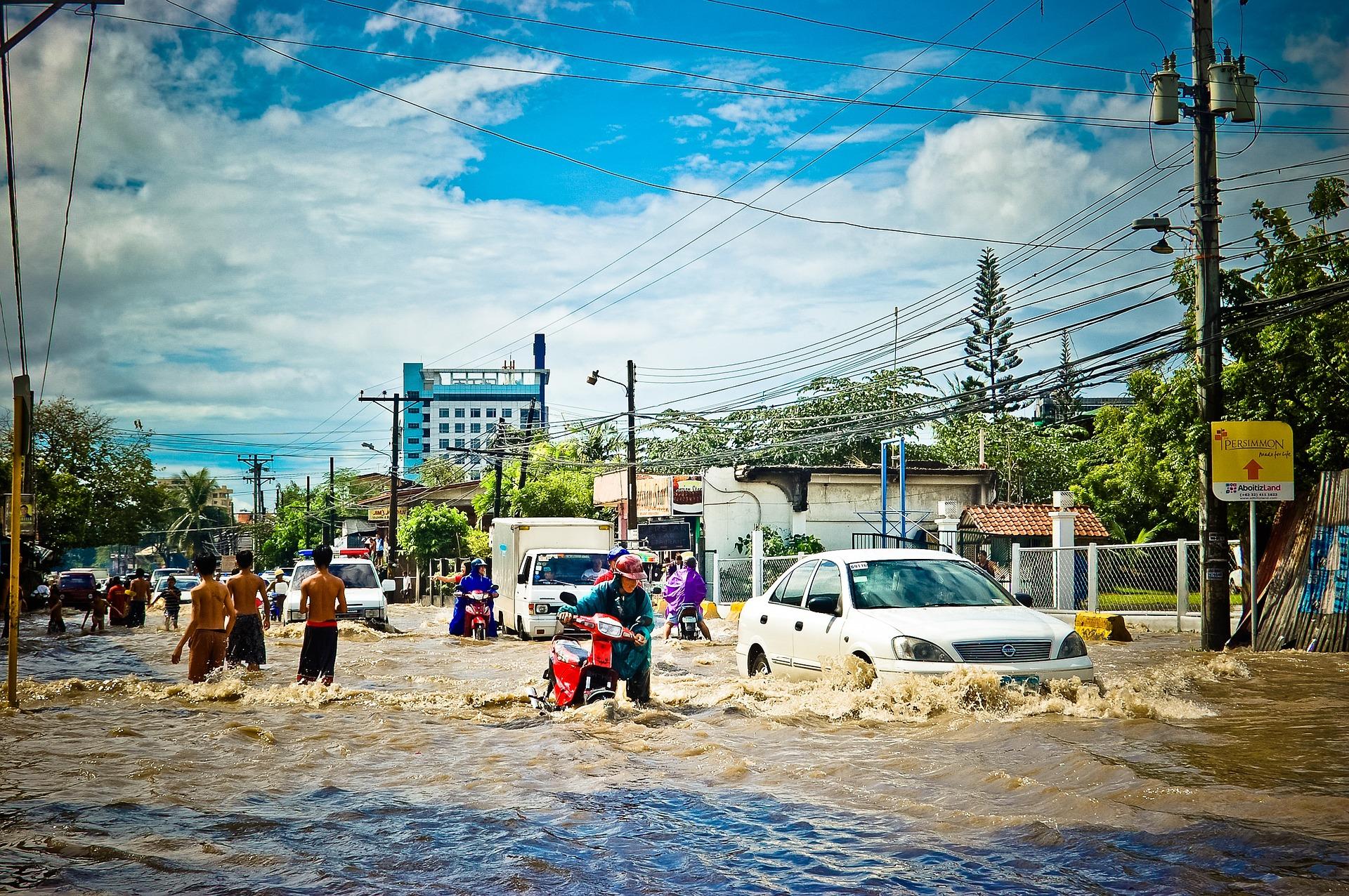 Paga Seguro Inundacion Coche 2