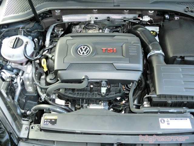 vw-golf-gti-performance-15