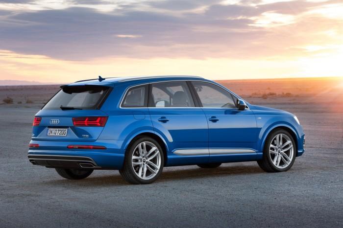 Audi-Q7-7