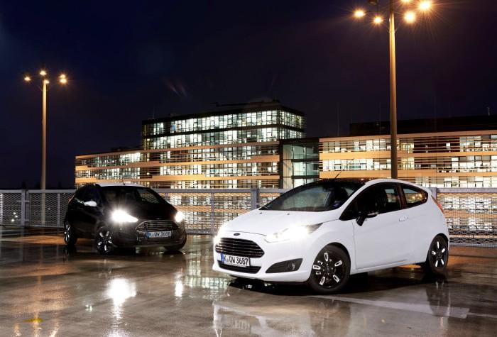 Ford-Fiesta-black-white