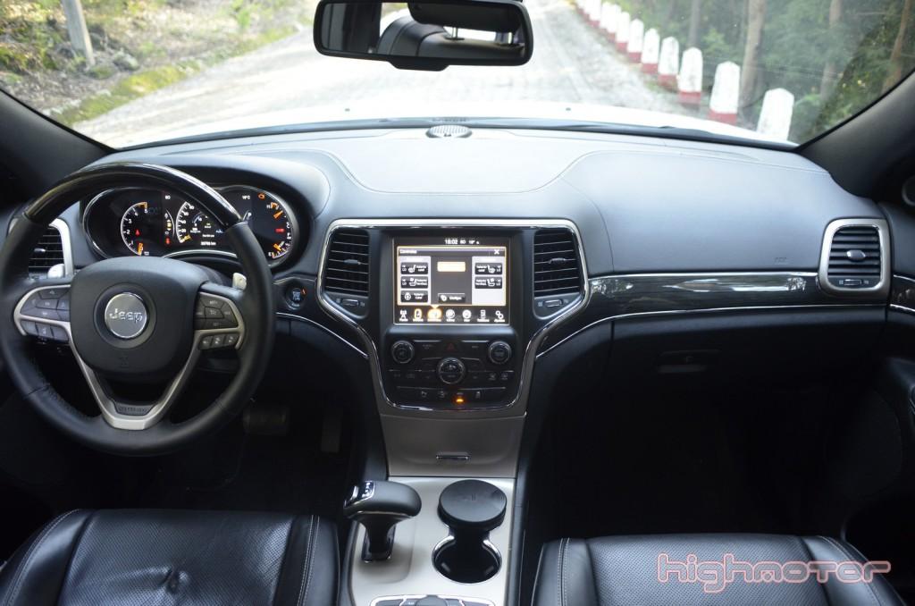 jeep-grand-cherokee-2015-022