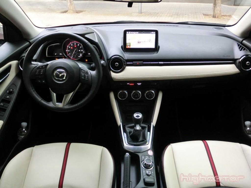 Mazda-2-2015-118