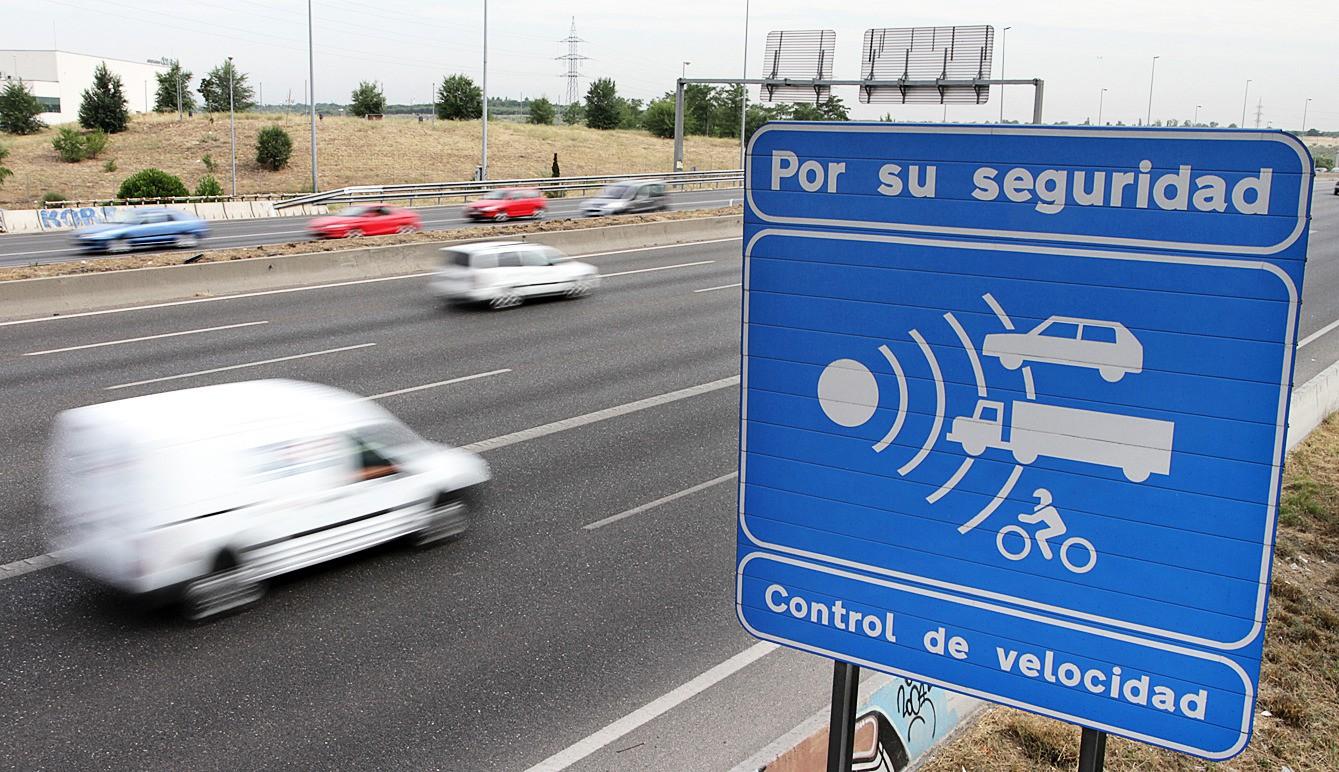 ¿Qué es y cómo funciona un radar de tramo?