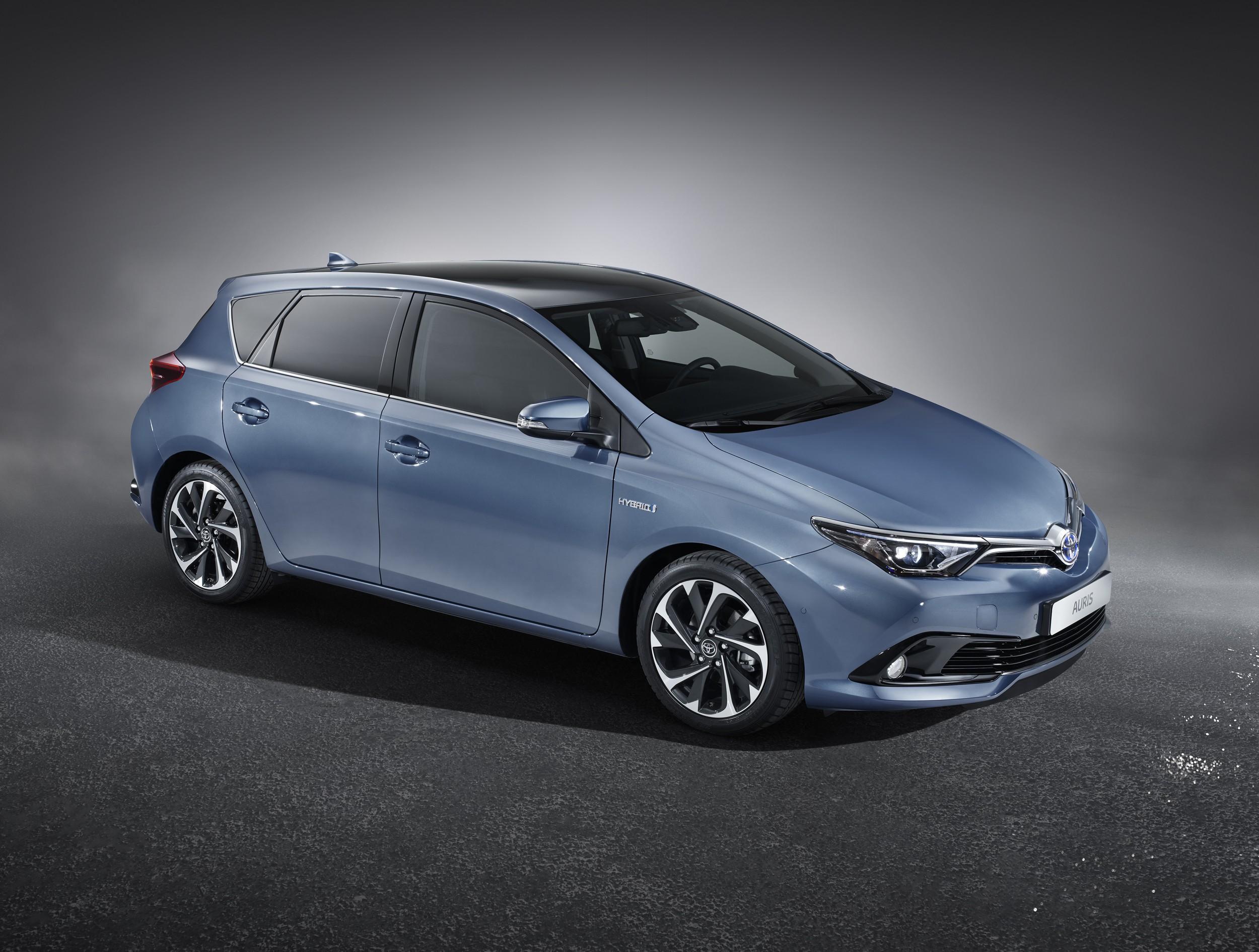 El nuevo Toyota Auris 2015 sale a la venta en España