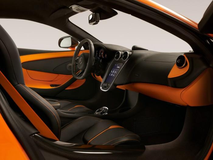 McLaren-570S-15