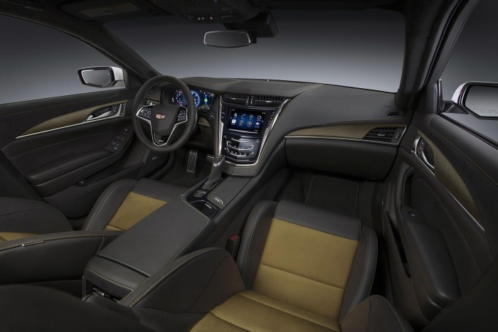 2016-Cadillac-CTS-V-07