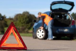 Cómo actuar ante una avería en ruta y qué hacer si nos detenemos en carretera