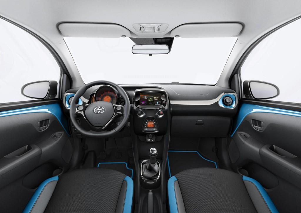 Toyota-Aygo-x-cite-04