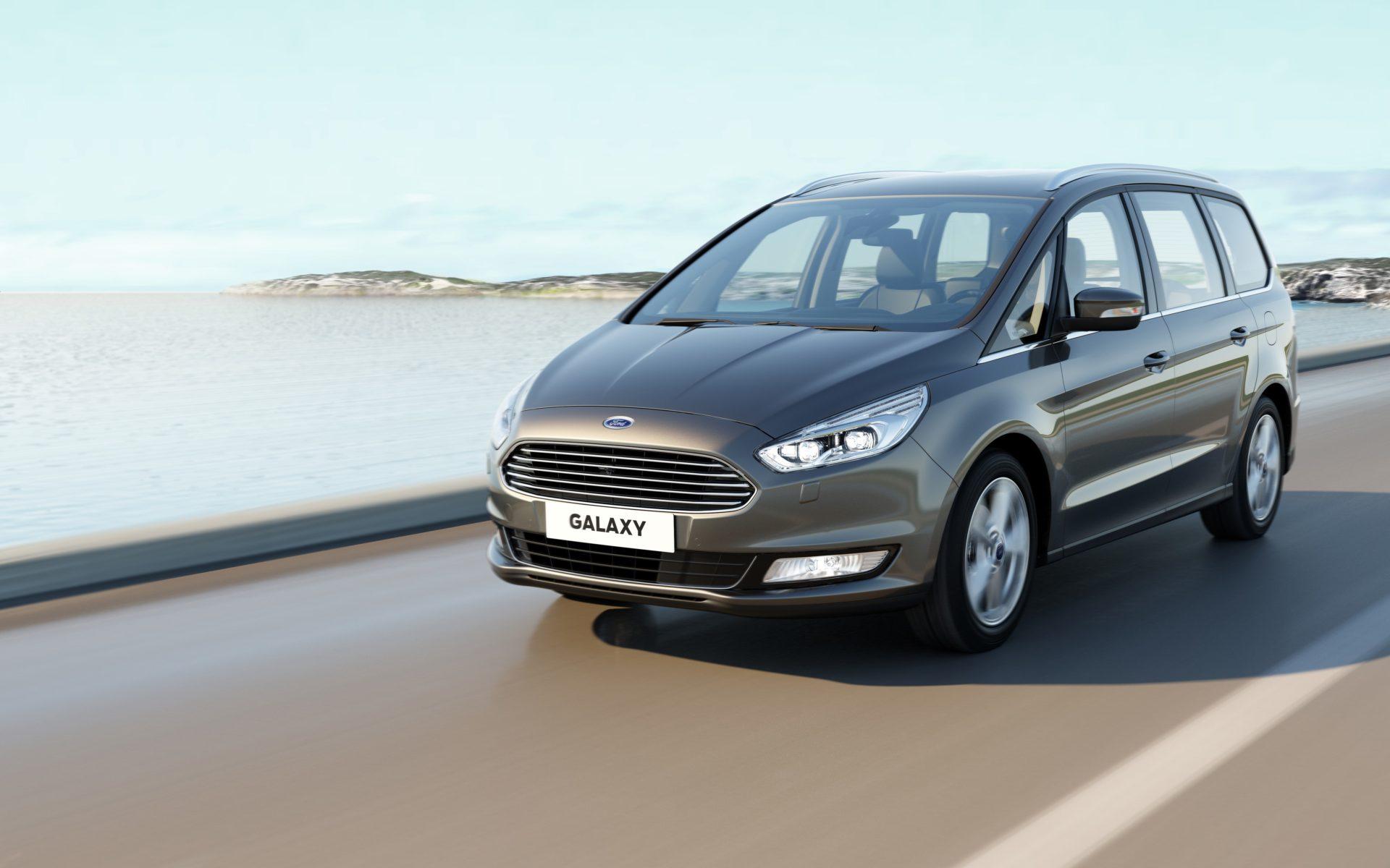 Ford retira 322.000 automóviles en Europa por riesgo potencial de incendio de la batería