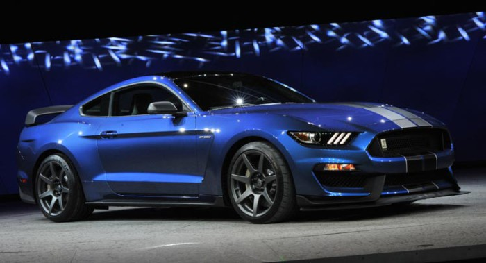 2016-Ford-Shelby-Mustang-GT350R