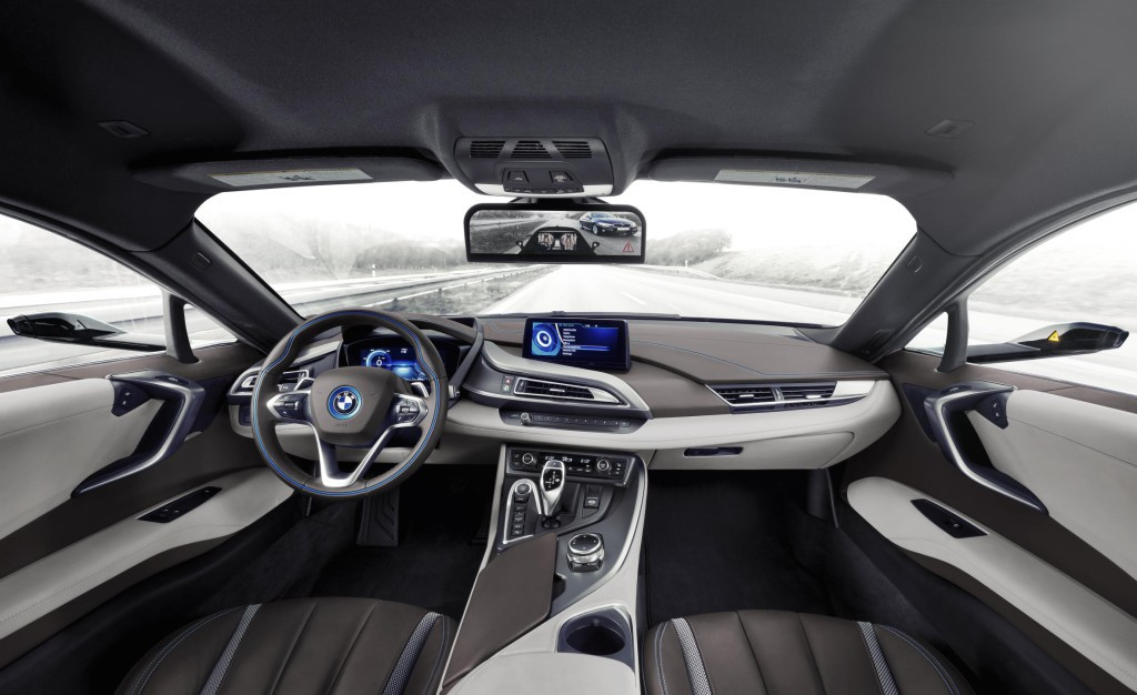 BMW i8 Mirrorless (4)