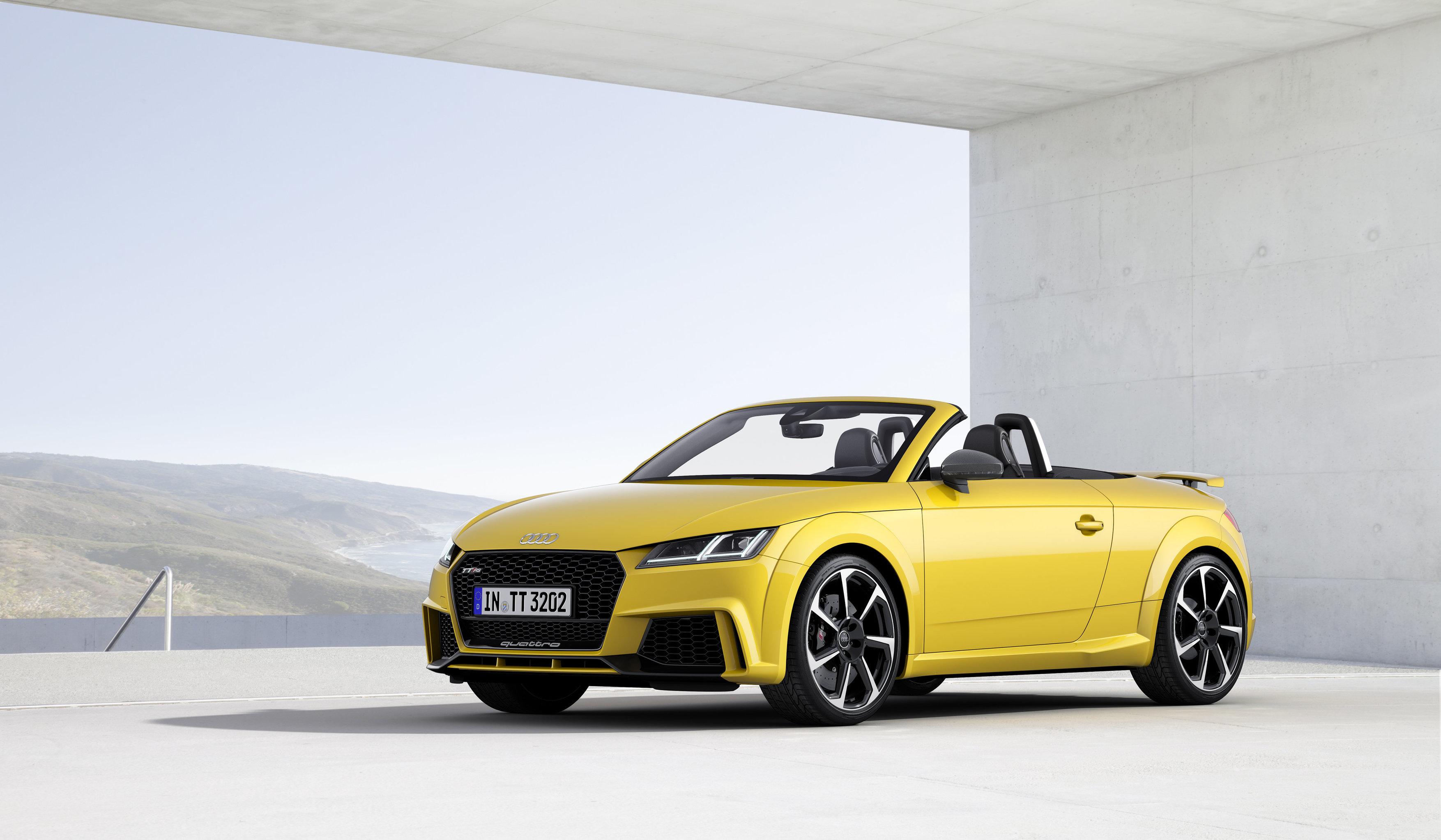 El Audi TT RS ya es oficial y llega con 400 CV