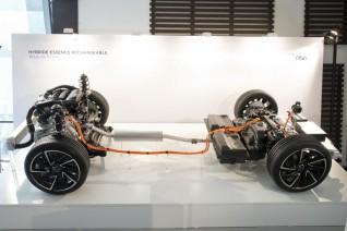 El Grupo PSA lanzará siete vehículos híbridos enchufables y cuatro eléctricos entre 2019 y 2021