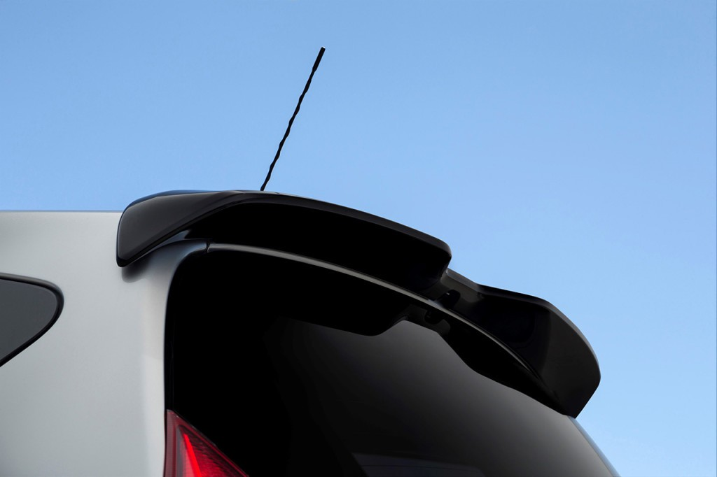 nissan-note-black-edition-6