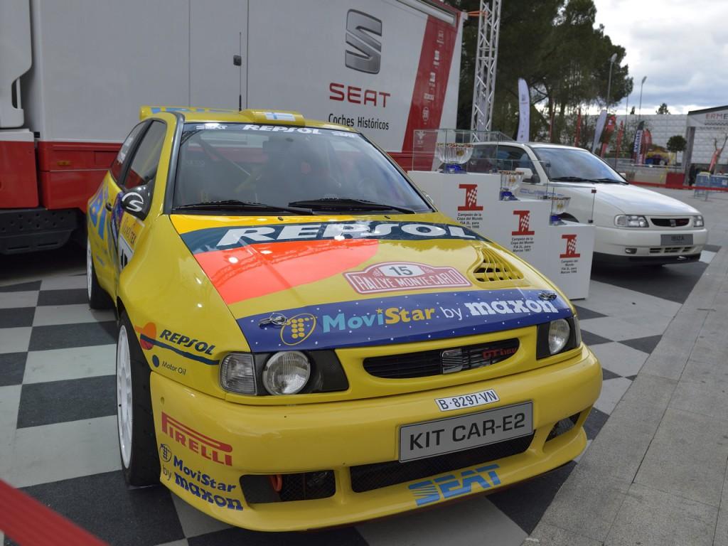 2.-El-Ibiza-Kit-Car-junto-al-primer-Ibiza-Cupra-de-1996