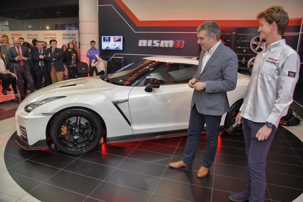 Nissan GT-R NISMO (2)