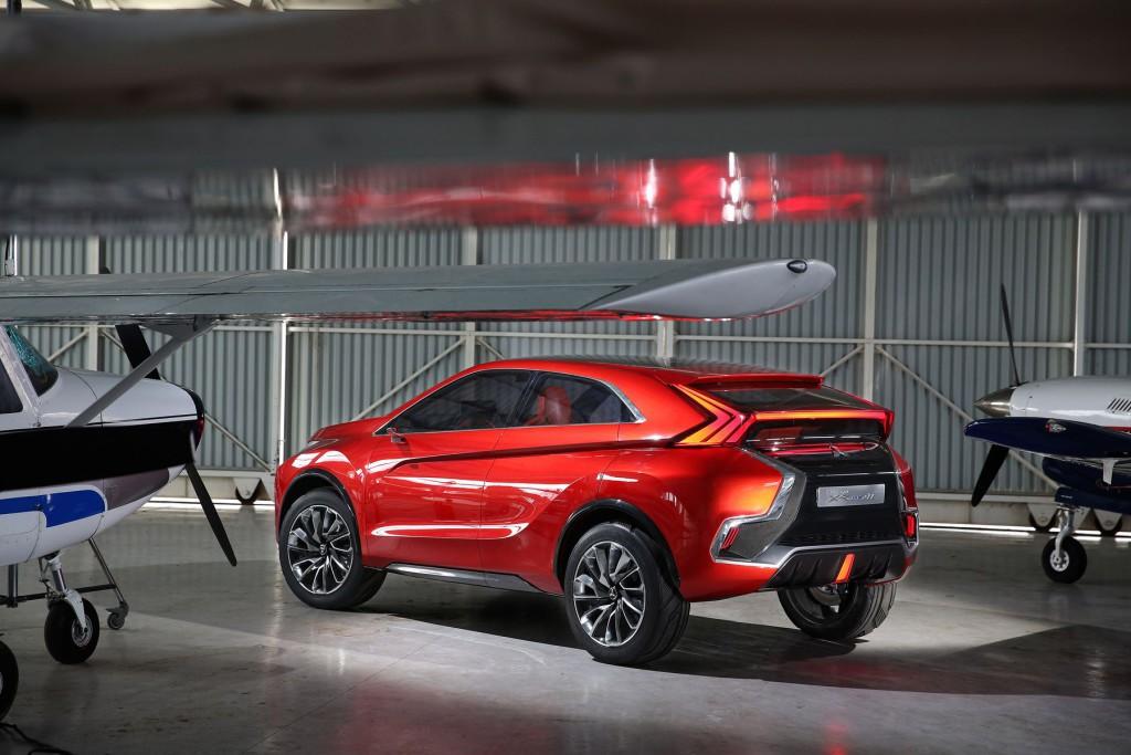 Mitsubishi-XR-PHEV-Concept-04