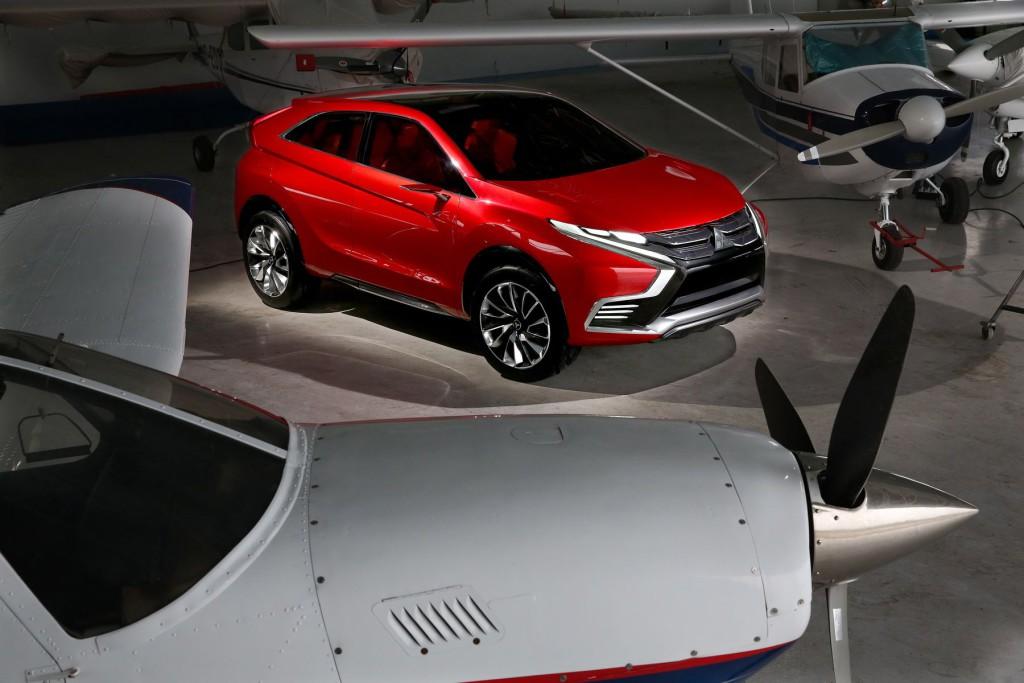 Mitsubishi-XR-PHEV-Concept-05
