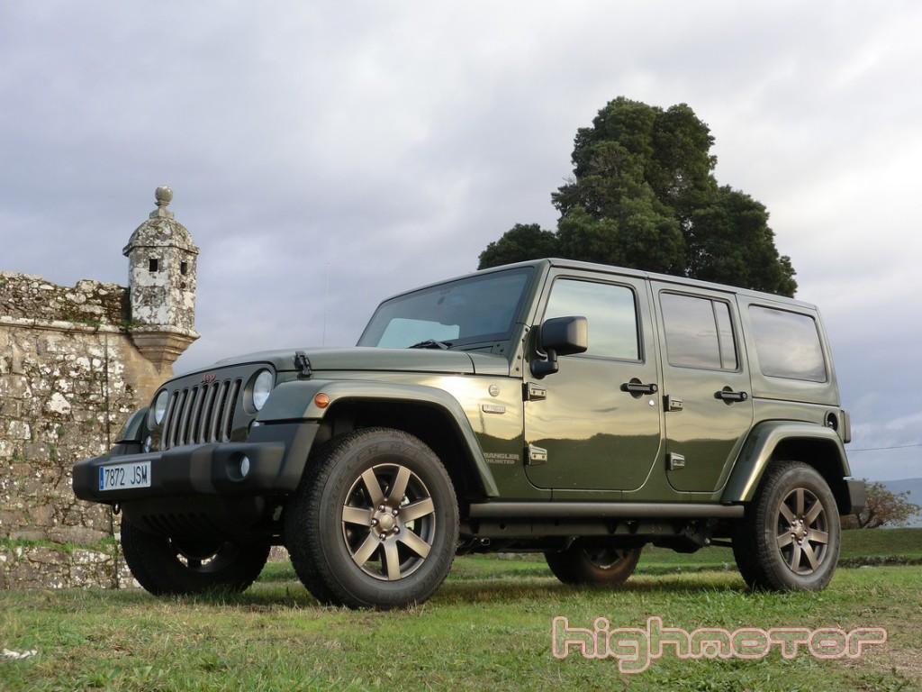 jeep-wrangler-unlimited-75-aniversario-1092