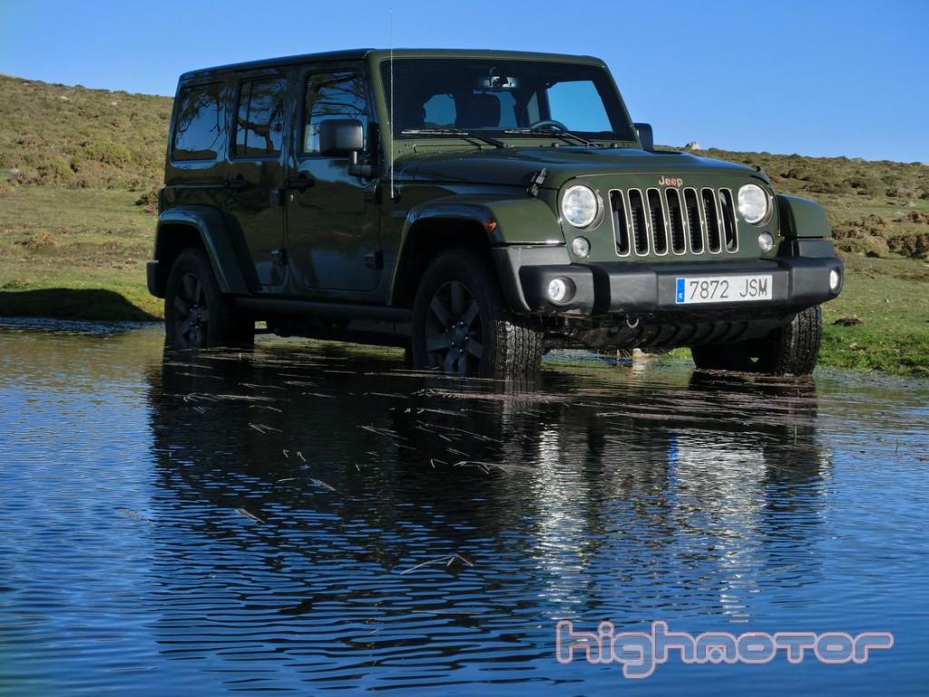 jeep-wrangler-unlimited-75-aniversario-1120