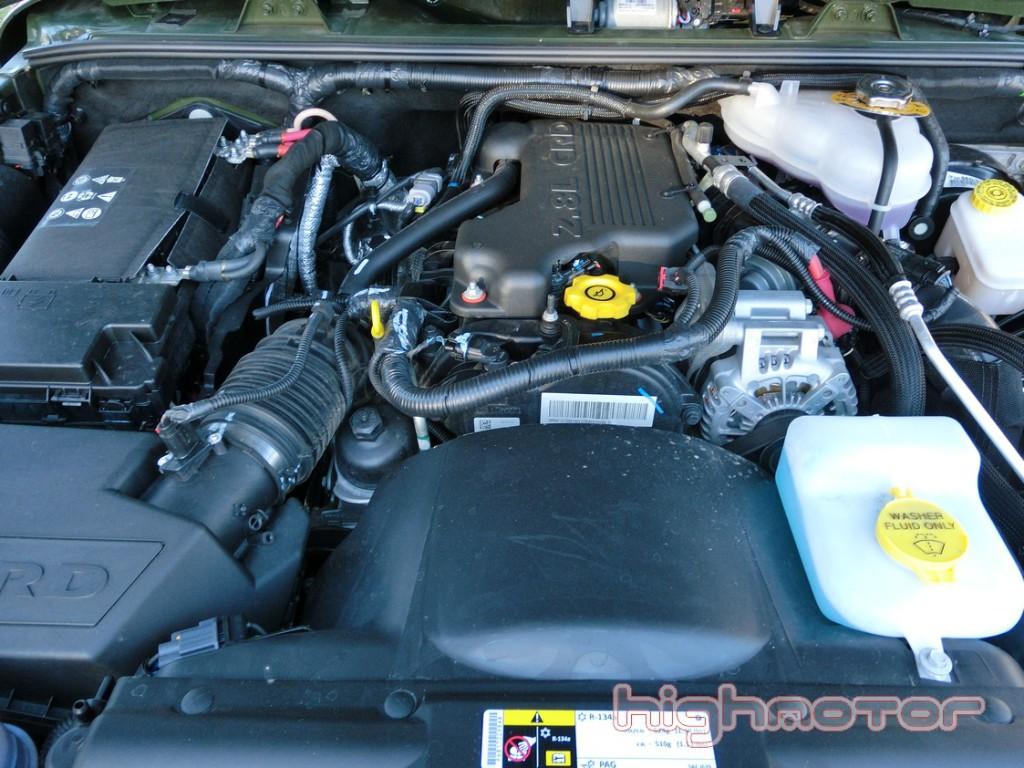 jeep-wrangler-unlimited-75-aniversario-1126