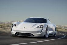 El Porsche Mission E llega a producción y a partir de ahora, lo llamarás Porsche Taycan