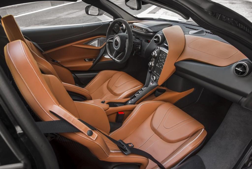 McLaren-720S-95