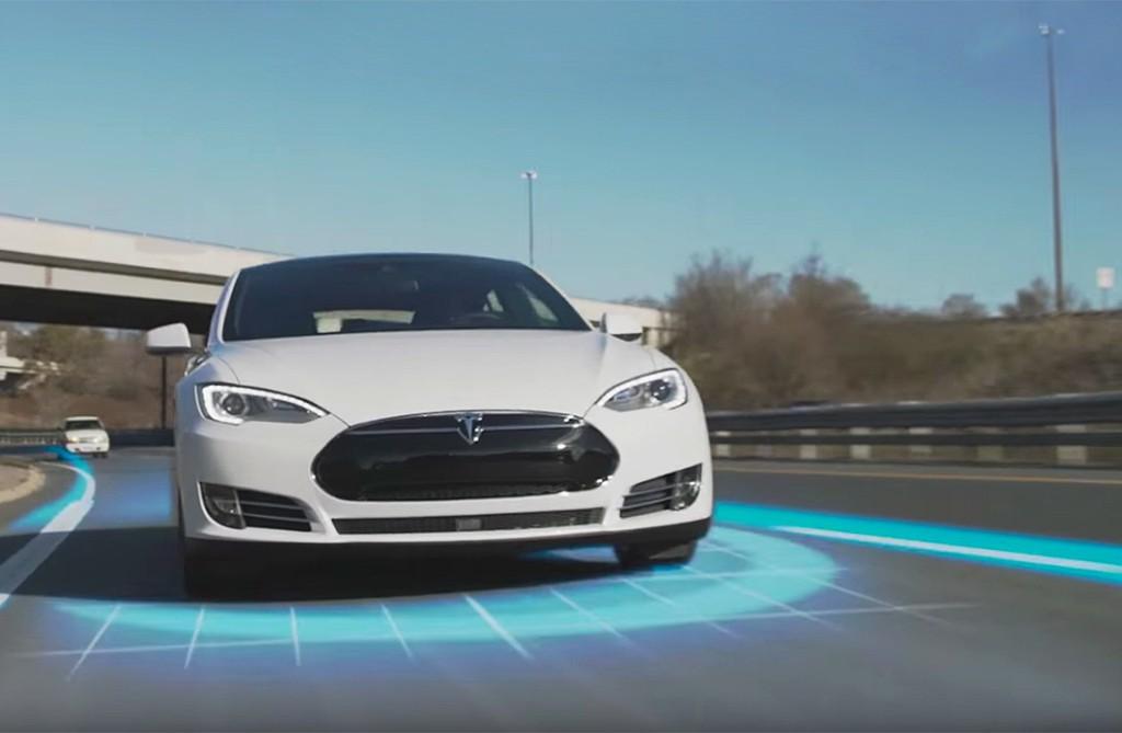 coche-autonomo-tesla