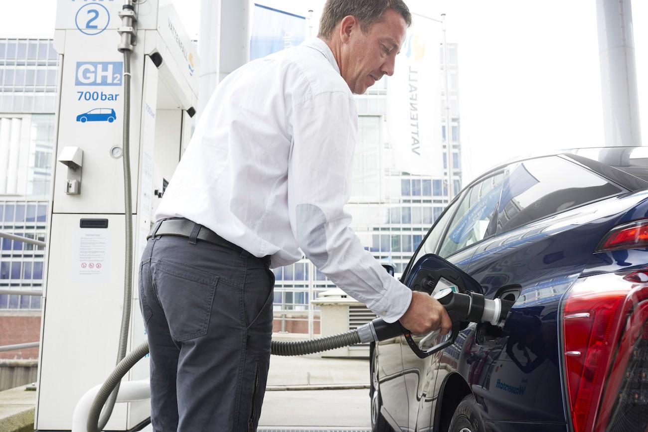 Estaciones de hidrógeno para coches de hidrógeno
