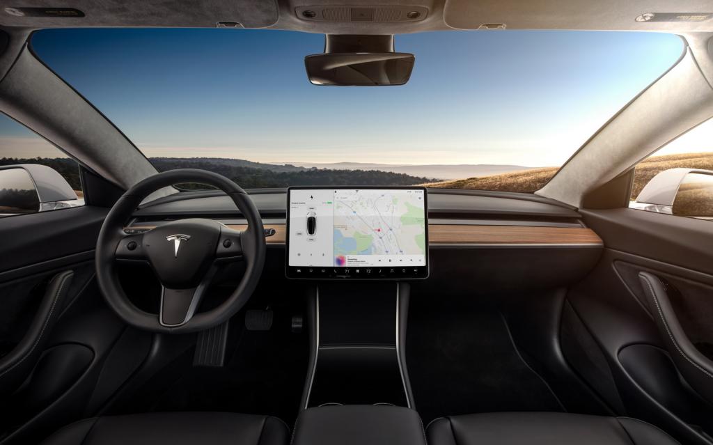 Tesla-Model3-05