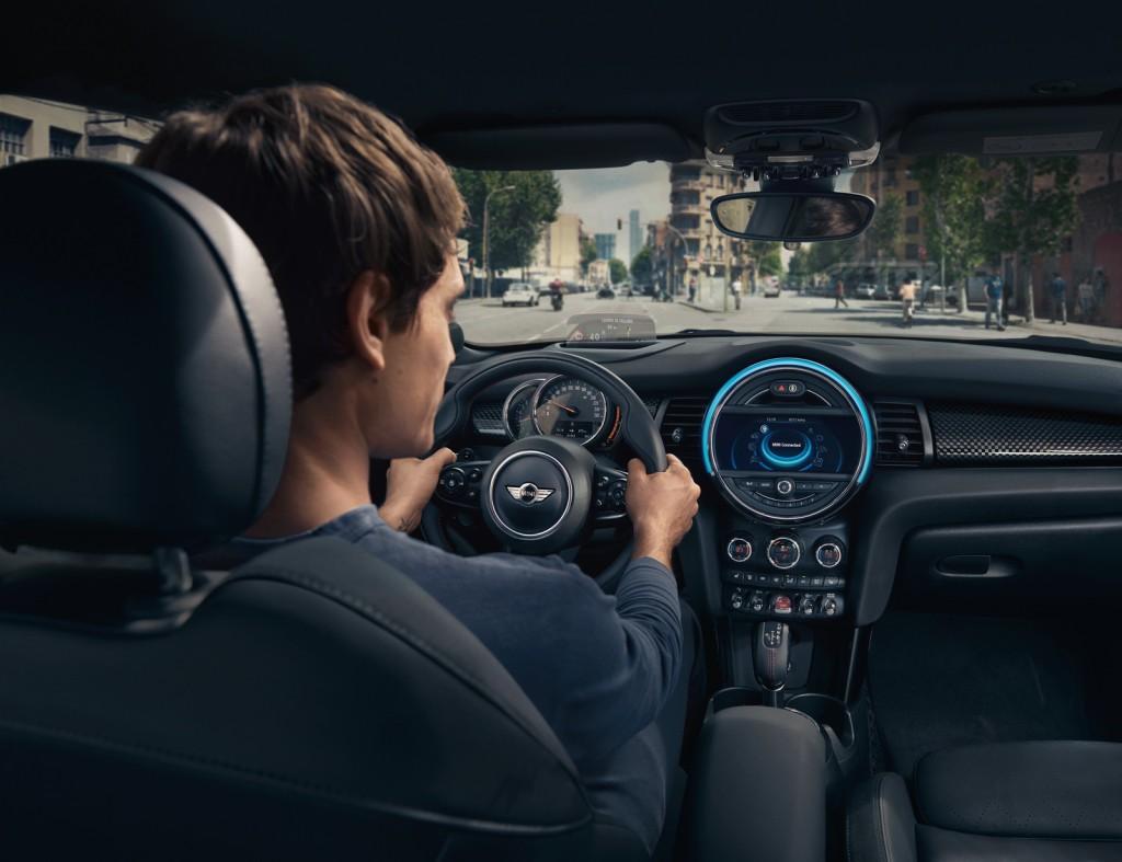 Alexa-BMWMini-05