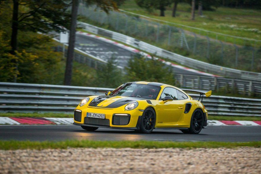 El Porsche 911 GT2 RS consigue un nuevo hito: convertirse en el 911 más rápido de todos los tiempos