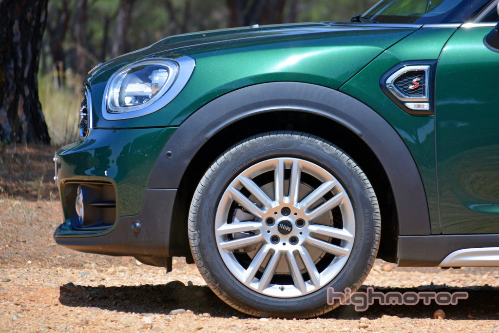 mini-countryman-hm-10
