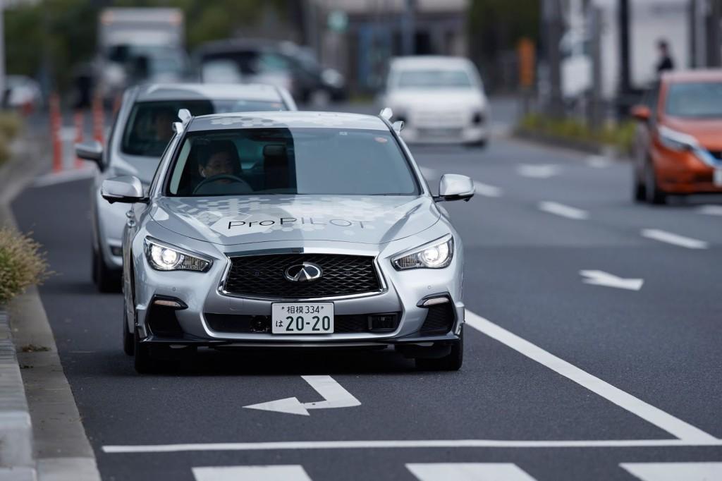 Nissan-infinity-q50-autonomo (10)