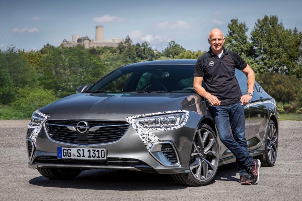 Opel-Insignia-GSi-02.jpg
