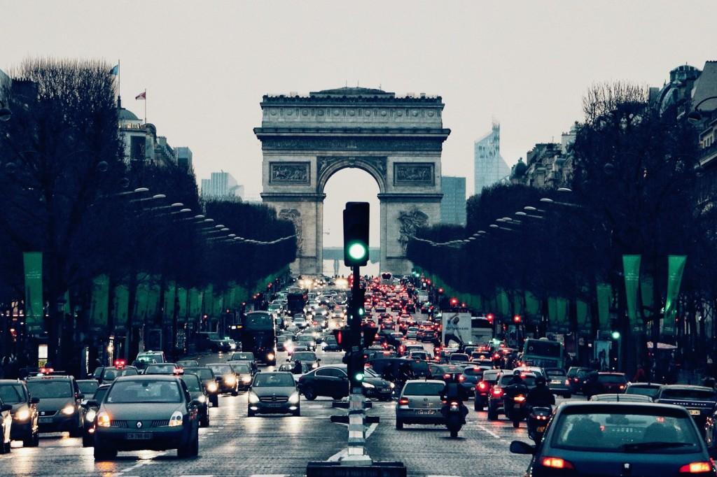paris-coches-campos-eliseos
