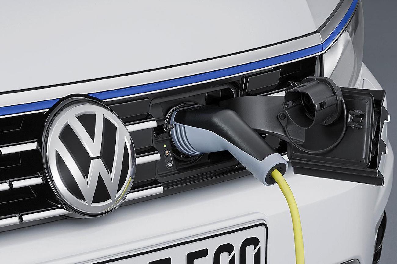 Volkswagen baterías Google