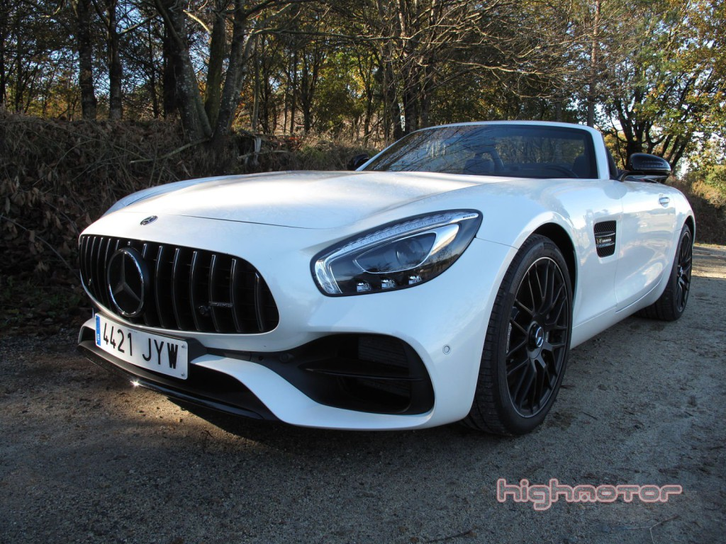 Mercedes-AMG-GT-Test-Day-01