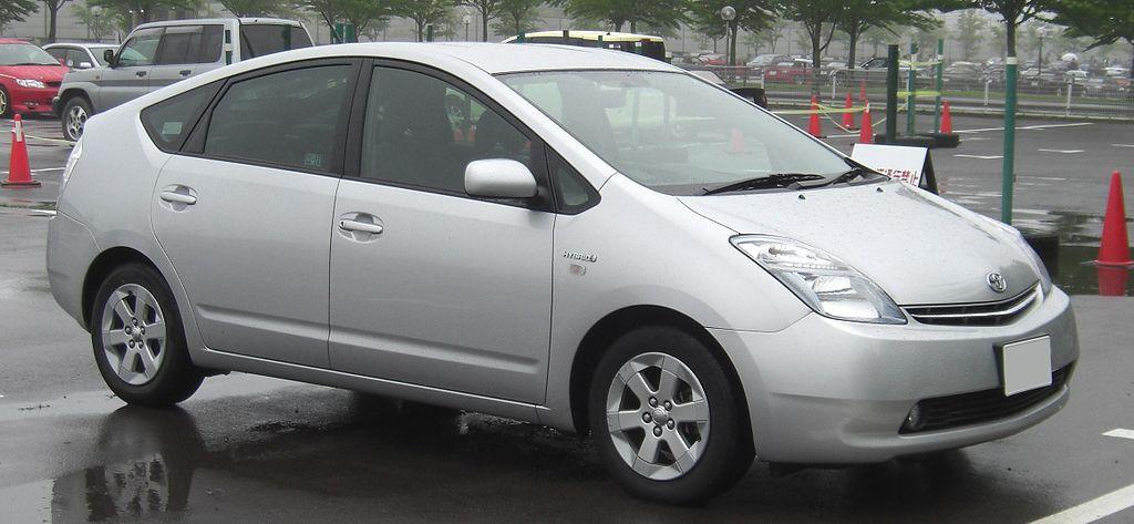 Toyota-Prius-1997-2017-02