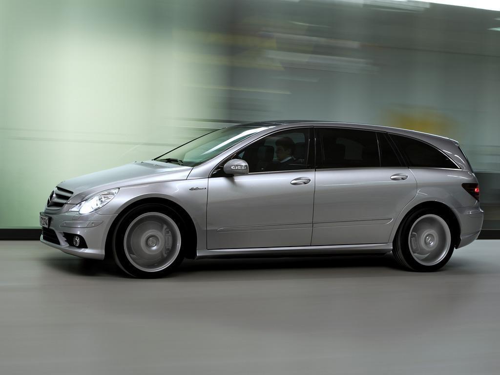 Mercedes-Clase-R-63-AMG-02