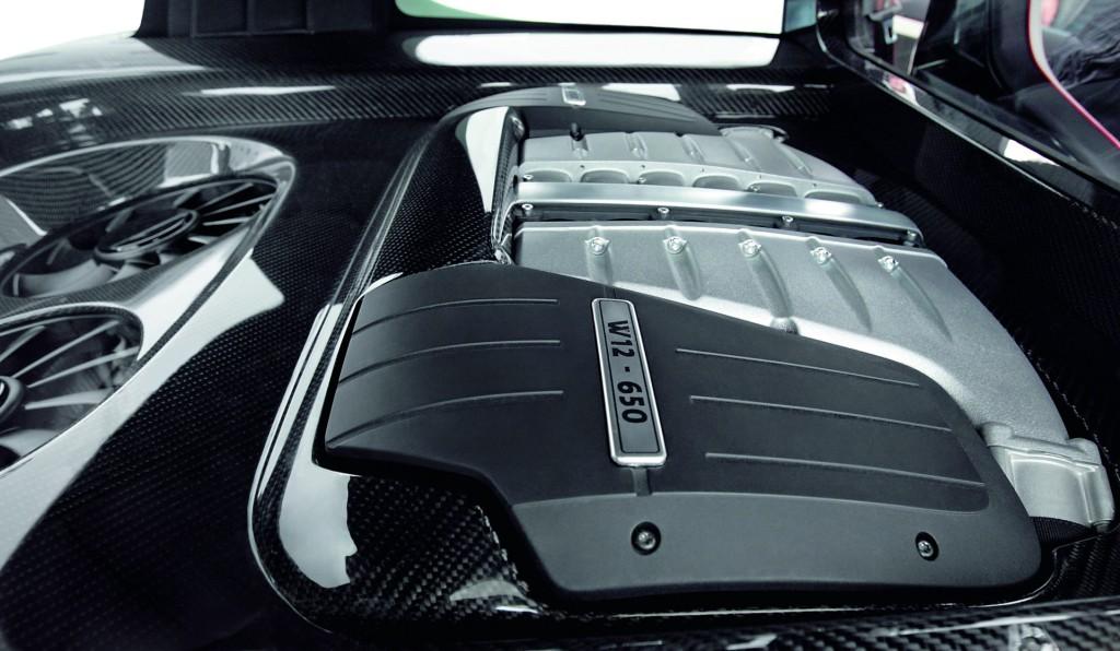 VW-Golf-GTI-W12-650-6