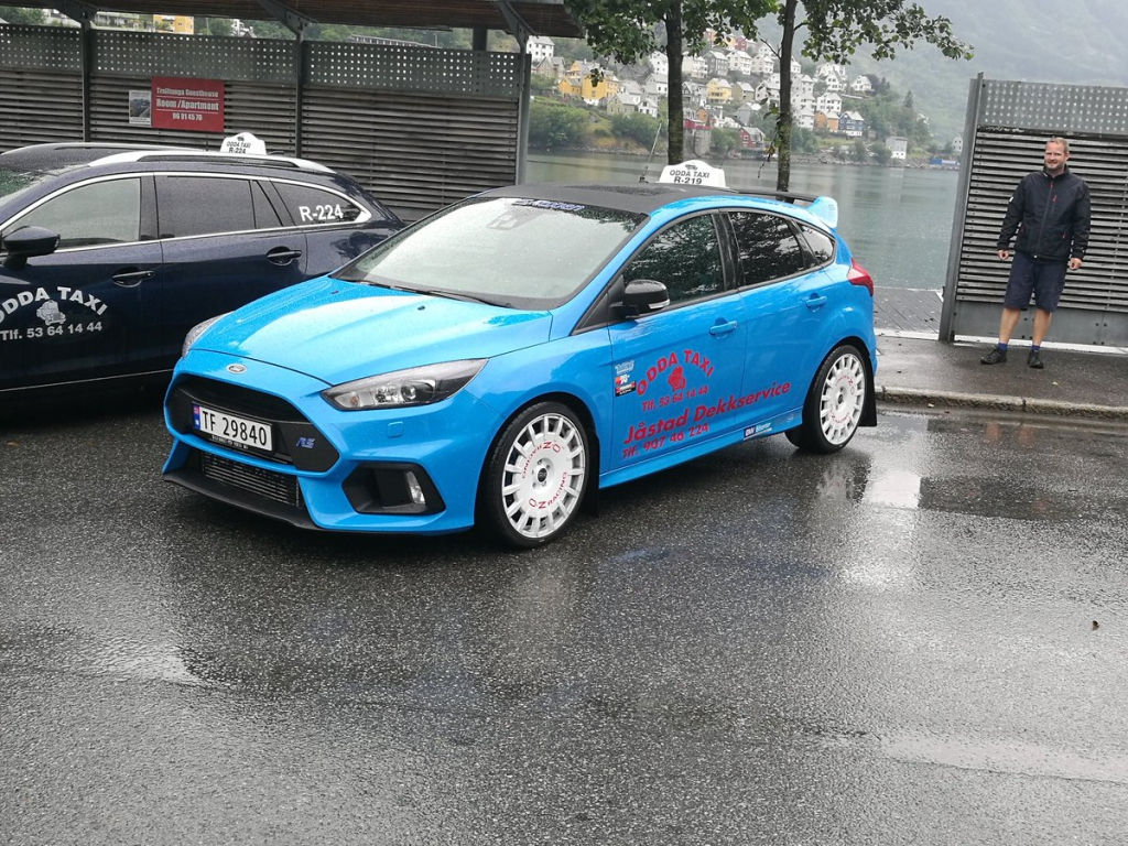 ford-focus-rs-taxi-2
