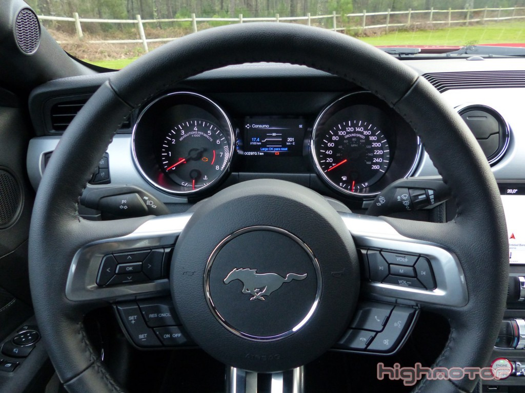 ford-mustang-gt-00200