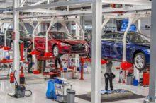 Tesla continúa sin resolver los problemas de producción del Model 3