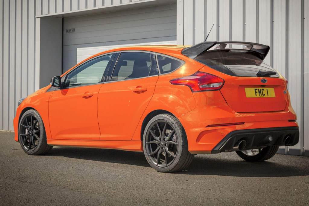 ford-focus-rs-heritage-edition-01