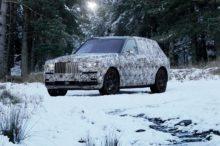 El SUV de Rolls-Royce ya tiene nombre, Cullinan, y se deja ver rodando por las calles bajo camuflaje