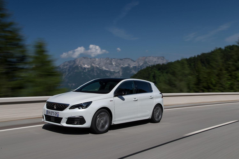 El Peugeot 308 recibe el nuevo motor diésel BlueHDi 130 S&S con caja de cambios automática EAT8