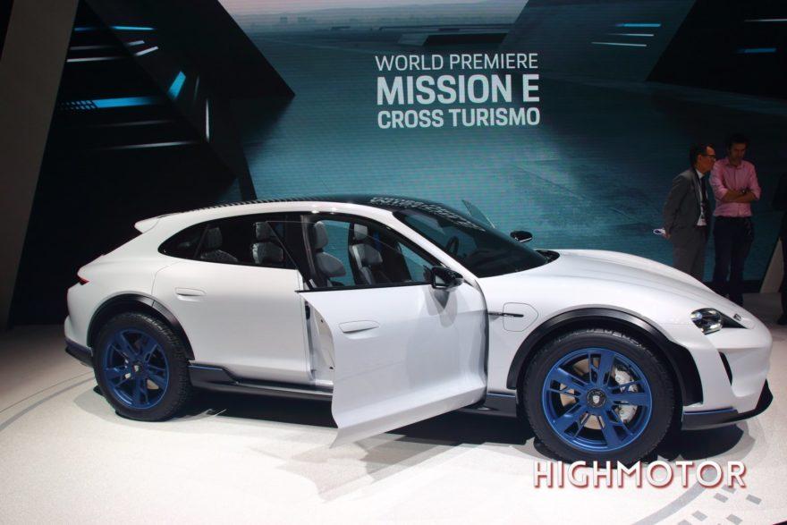 Las novedades de Porsche en el Salón de Ginebra: el Mission E Cross Turismo y el nuevo 911 GT3 RS