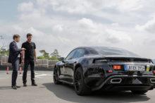 El Porsche Mission E más cerca de la realidad después de la prueba de conducción de Mark Webber